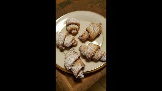 Melt in your mouth!  Nut Horn Cookies