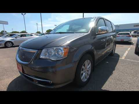 2016 CHRYSLER TOWN & COUNTRY Limited Platinum - Used Minivan For Sale - Hudson, WI