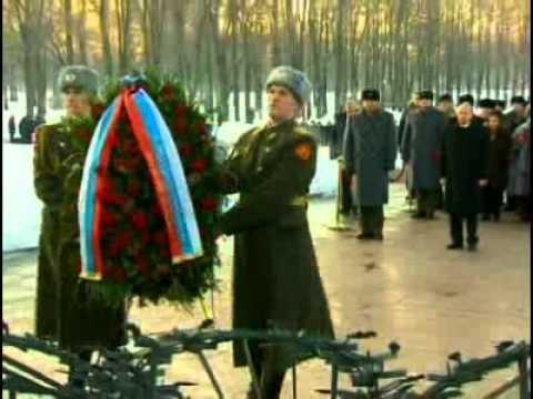 ролях: фото могилы брата путина на пескарёвском кладбище были гостеприимны