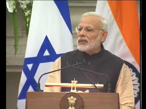 PM Narendra Modi with the President of Israel, Mr. Reuven Rivlin at Joint Press Statement