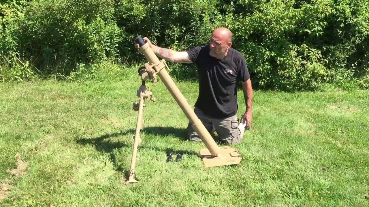 Blank Firing German WWII 8 cm GrW 34 Mortar