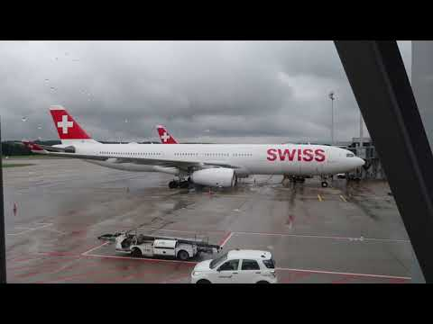 Swiss vs. Emirates: Which one is better? (Trip report) ZRH-DXB
