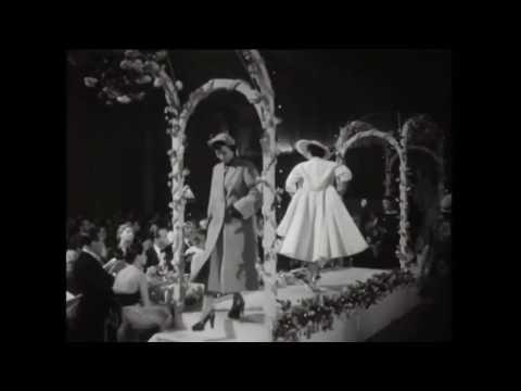 1950'ler Modası, Defile ve Catwalk (Kedi Yürüyüşü) | MeleğinButiği.com