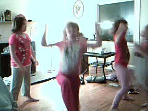 kids dancing to soulja boy