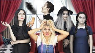 11 Trò Đùa Halloween Của Gia Đình Addams.