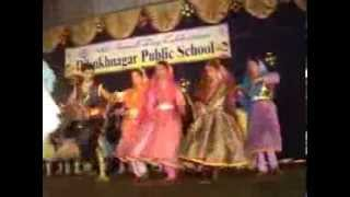 Chanda suraj lakhon taare (Gurus of Peace - A.R.Rahman)  {My Dance in 2007 With Group Of 40 Girls}