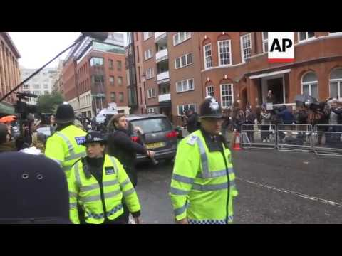 Swedish official leaves after Assange interview