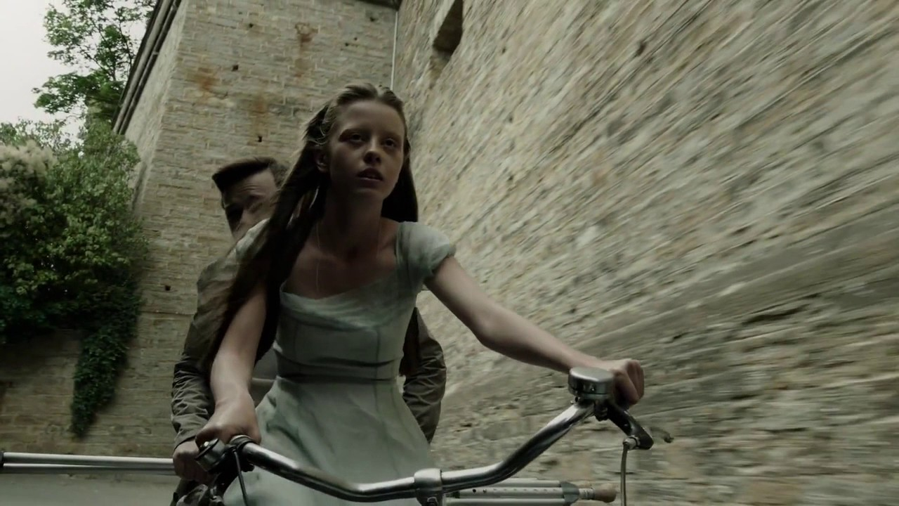A Cure for Wellness  official trailer
