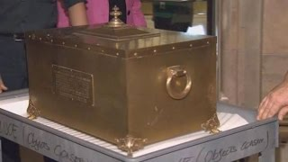 10 Amazing TIME CAPSULES Discovered