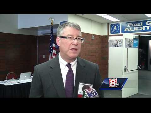 Governor holds Conference on Tourism in Augusta
