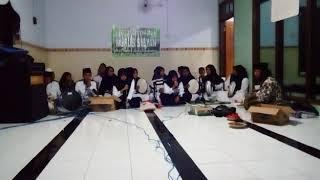 Download lagu Ya Maulana Versi Hadroh Nurussibyan MP3