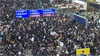 Cận Cảnh Sân Bay Hong Kong Nối Loại Hoạt Động Sau Biểu Tình (1)