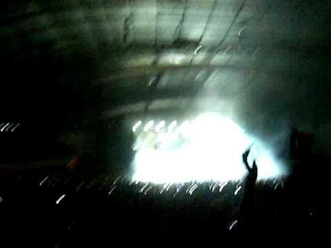 Daft Punk Alive 2007   Intro ROBOT ROCK