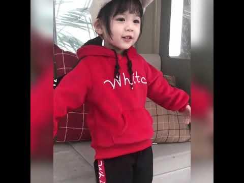 Bộ quầng áo nhung mùa đông bé gái 2 mảnh 2361-D901