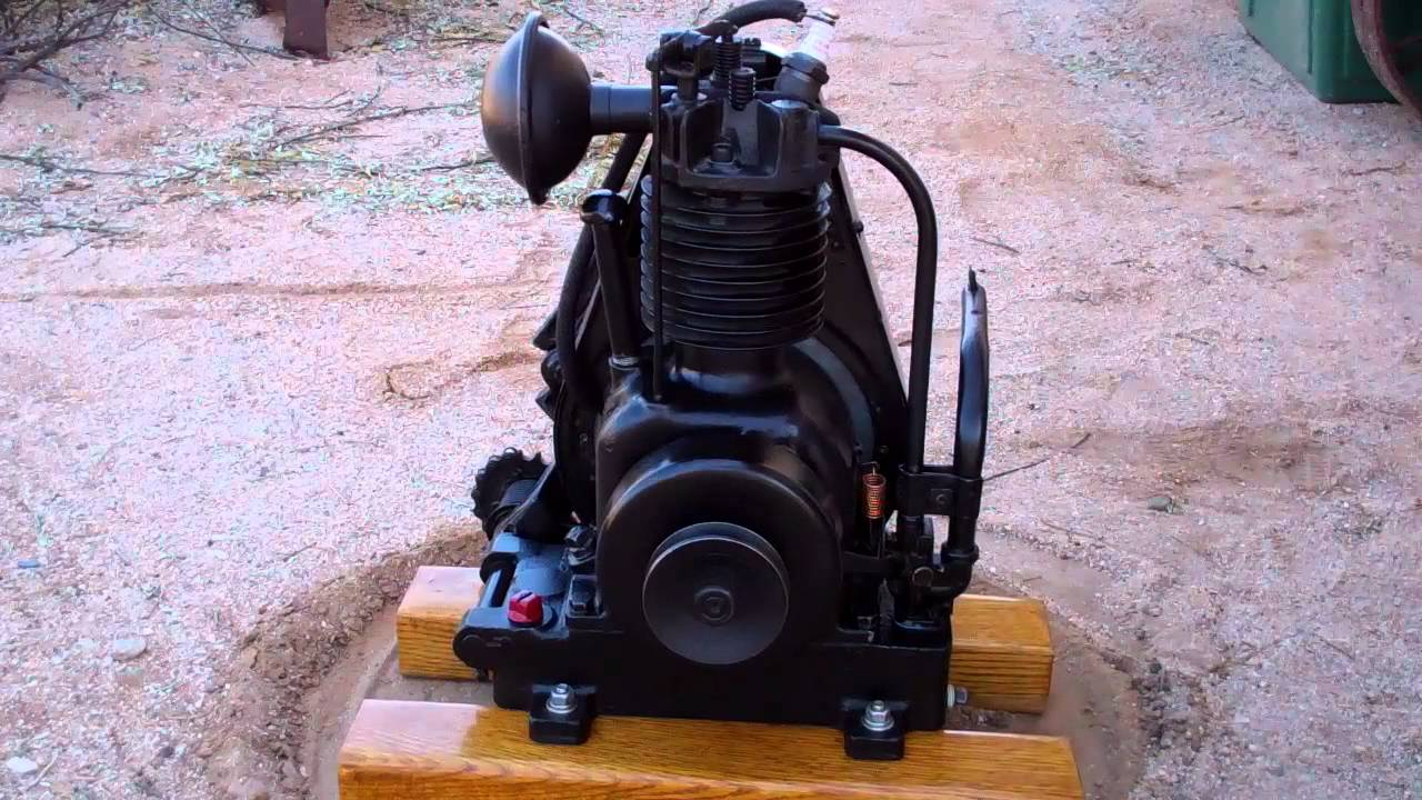 Briggs Stratton Com >> Briggs & Stratton antique engine, FH #78476 - YouTube