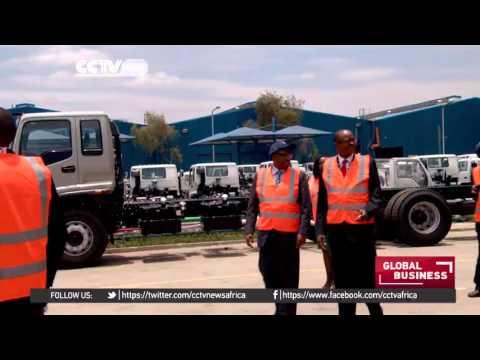 Jakaya Kikwete flags off first duty free cars to Tanzania