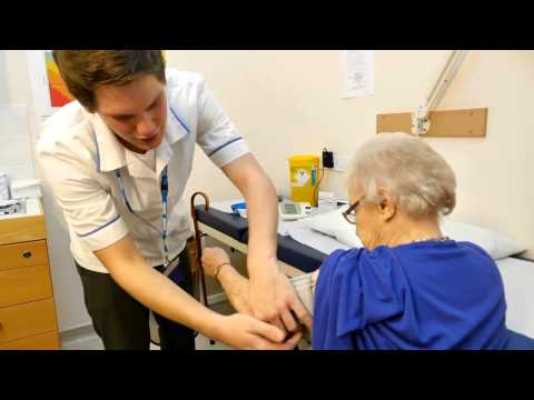 A career in the NHS as a healthcare assistant