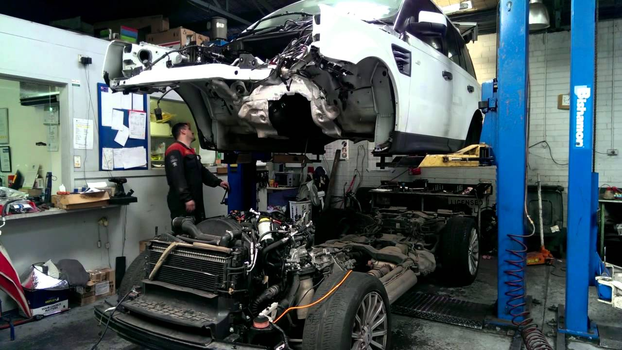 Range Rover Sport Body Lifting Off The Chassis Youtube