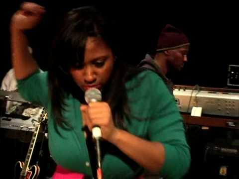 Jazmine Sullivan - Road to the Grammys - Episode 1