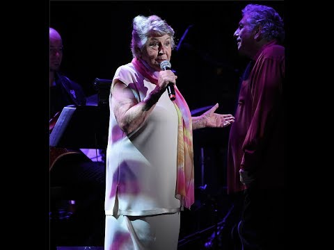 HELEN REDDY - I AM WOMAN- MAY 2017 - THE LEGEND LIVES ON! - CONCERT FOR AMERICA