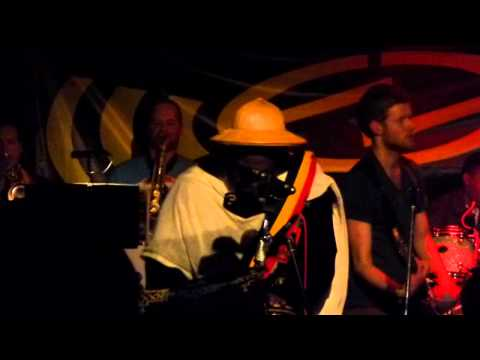 Al Campbell & Dreadless - Sinking Sand (Drum song riddim) live @ Popcentrale, Dordrecht 2-3-2013