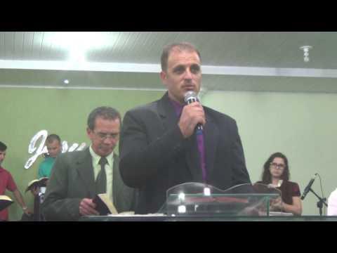 Pregador  Tiago Cypriano - Culto da Mocidade - Assembleia de DEUS - Bairro Cidade Mineira - Parte 1
