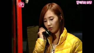 snsd-yulti-moment-52-phone-call-from-countryside