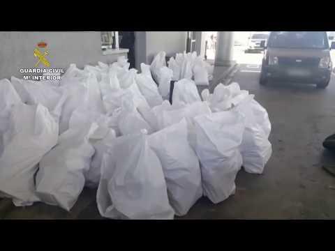 Intervienen cerca de 2800 kilogramos de hachís en un vehículo con doble fondo