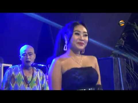 BISANE MUNG NYAWANG voc. Putri Marcopollo - LIA NADA Live Kampir Blok Candi 2019