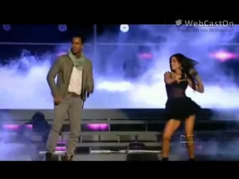 Romeo Santos & Usher - Promise (Live @ Latin Grammy 2011)