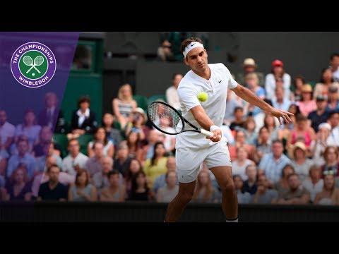 Wimbledon 2017 - Umpire catches ball off Roger Federer hit