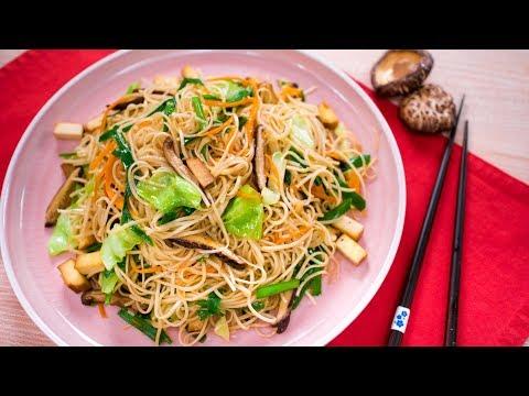 Grandma's Signature Noodles – Vegan (Pad Mee Sua) | Thai Recipe