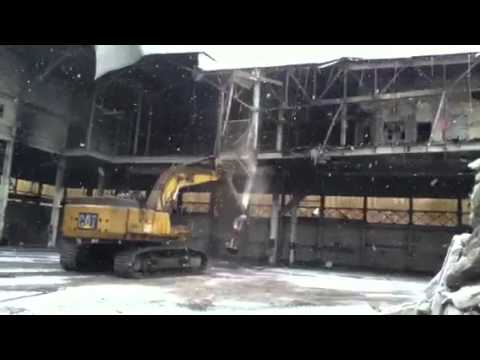 Demolition of Building - Controlled Implosion by Mechanical Means