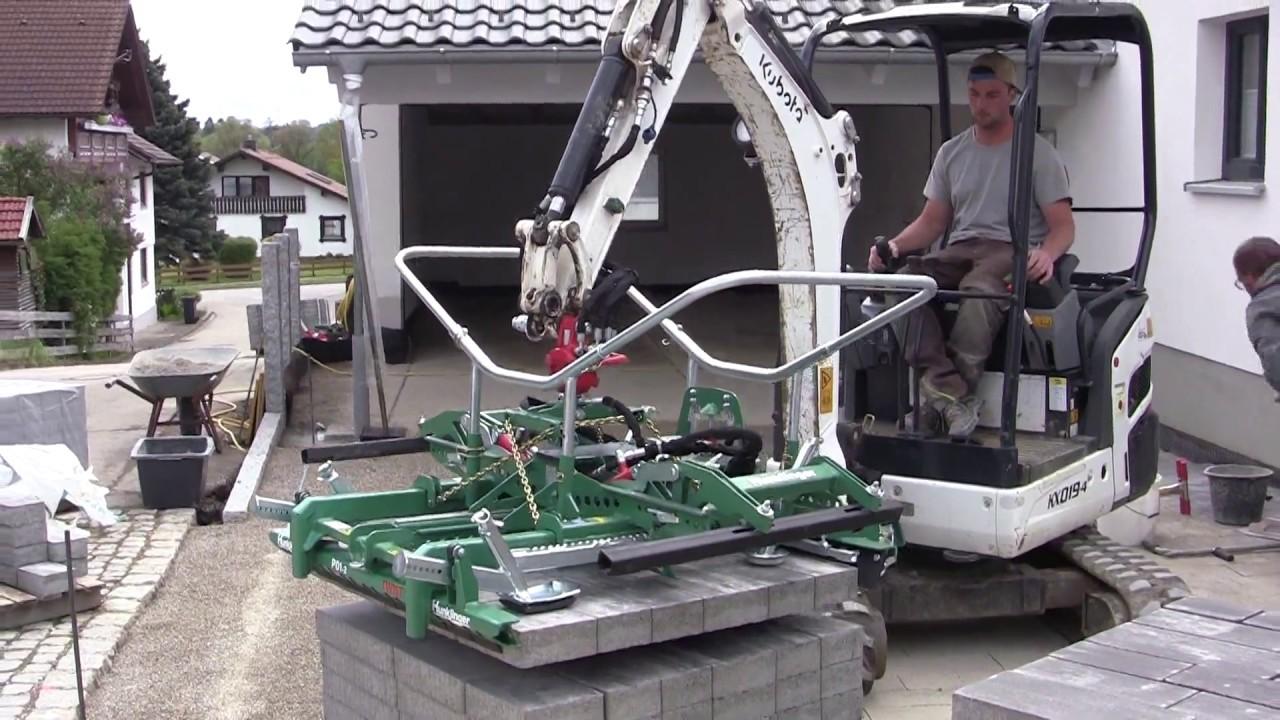 Verlegezange P01-2 von Hunklinger am Kubota KX019 Minibagger - excavator paver laying head