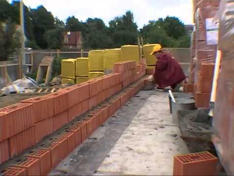 Строительство и проекты частных домов из кирпича