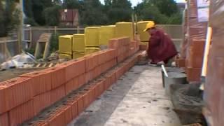 Смотреть видео проекты домов из кирпича