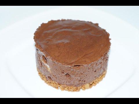 mousse-au-chocolat-et-son-insert-de-banane-posÉ-sur-un-croquant-de-spÉculoos-(cuisinerapide)