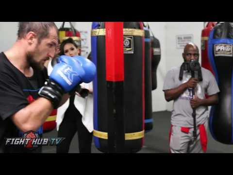 ALL POWER! Sergey Kovalev works the heavy bag - Kovalev vs. Ward media workout