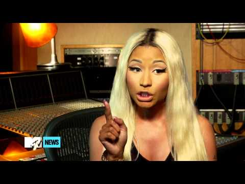 Why Is Nicki Minaj Torn Between Taylor Lautner And Channing Tatum? The MTV News Show 4.9.13