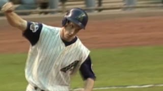 2001 WS Gm1: Counsell's homer ties game in 1st
