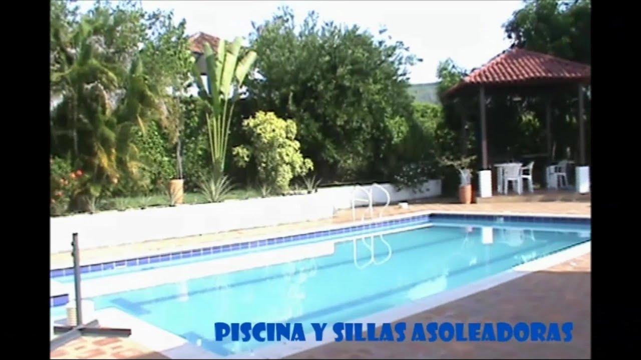 Casa campestre con piscina en carmen de apicala tolima en for Modelos de piscinas campestres