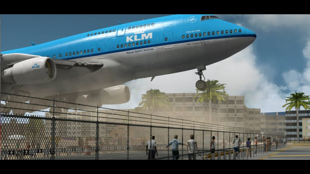 Close Up! KLM 747 Land...