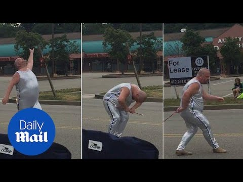 Flamboyant Baton Twirler Steals The Show At 4th July Parade - Daily Mail