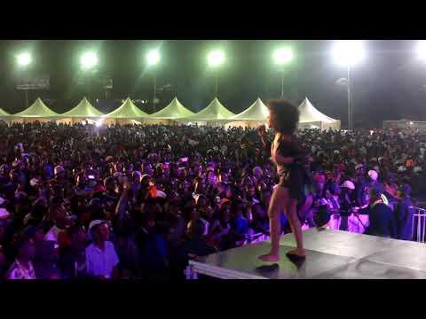 Ammara Brown performs Akiliz at Glamis 2017