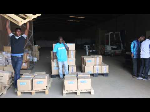 UNICEF in Guinea loading life-saving supplies to combat Ebola