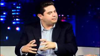 """""""Movimientos juveniles México"""". Invitado: Rene Fujiwara. Parte 3/3. EfektoTV Opinión: TRESen30"""