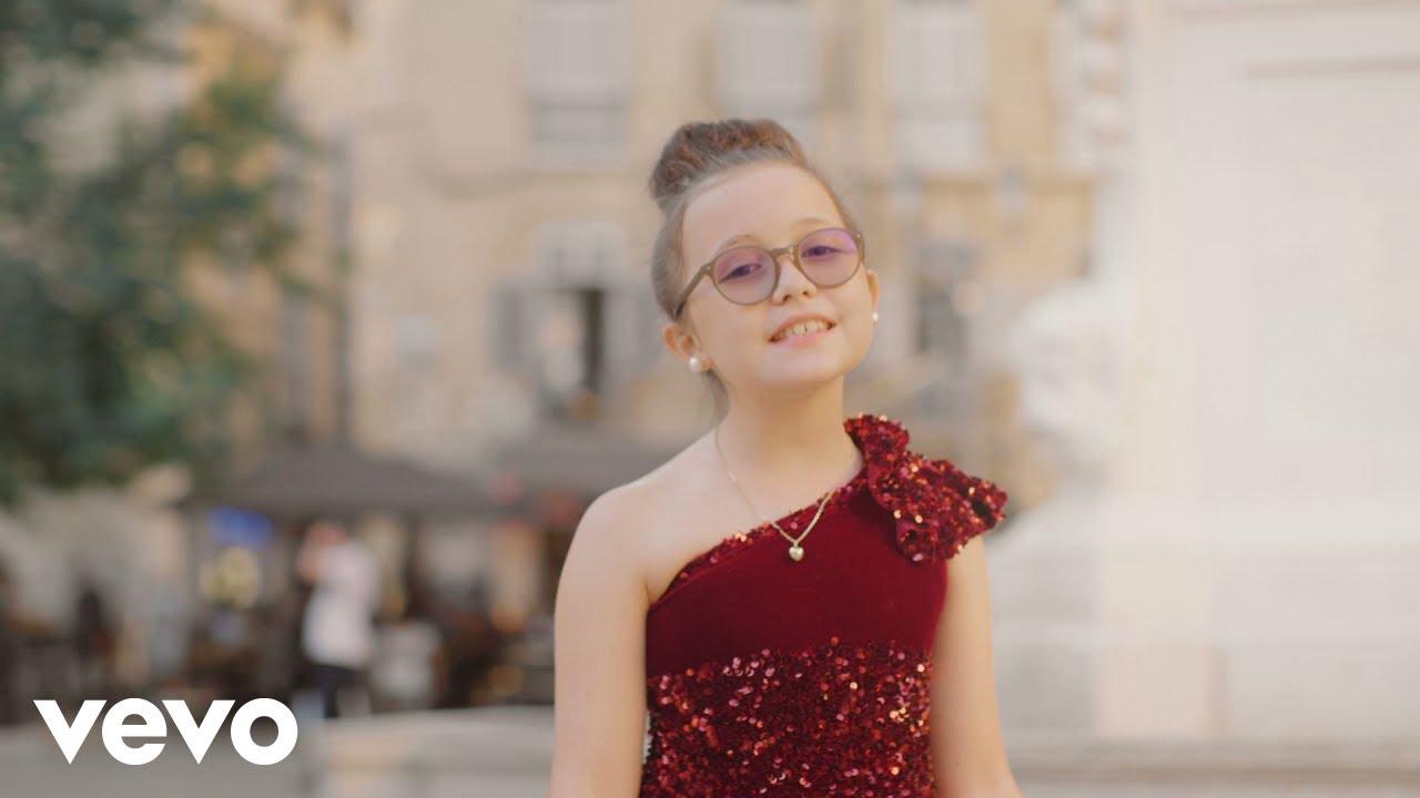 Download Emma Cerchi - C'est plus facile avec vous (Clip Officiel)