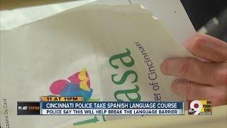 Cincinnati police officers learning Spanish