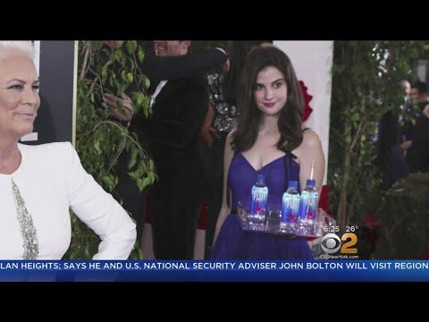 'Fiji Water Girl' Photobombs Golden Globes
