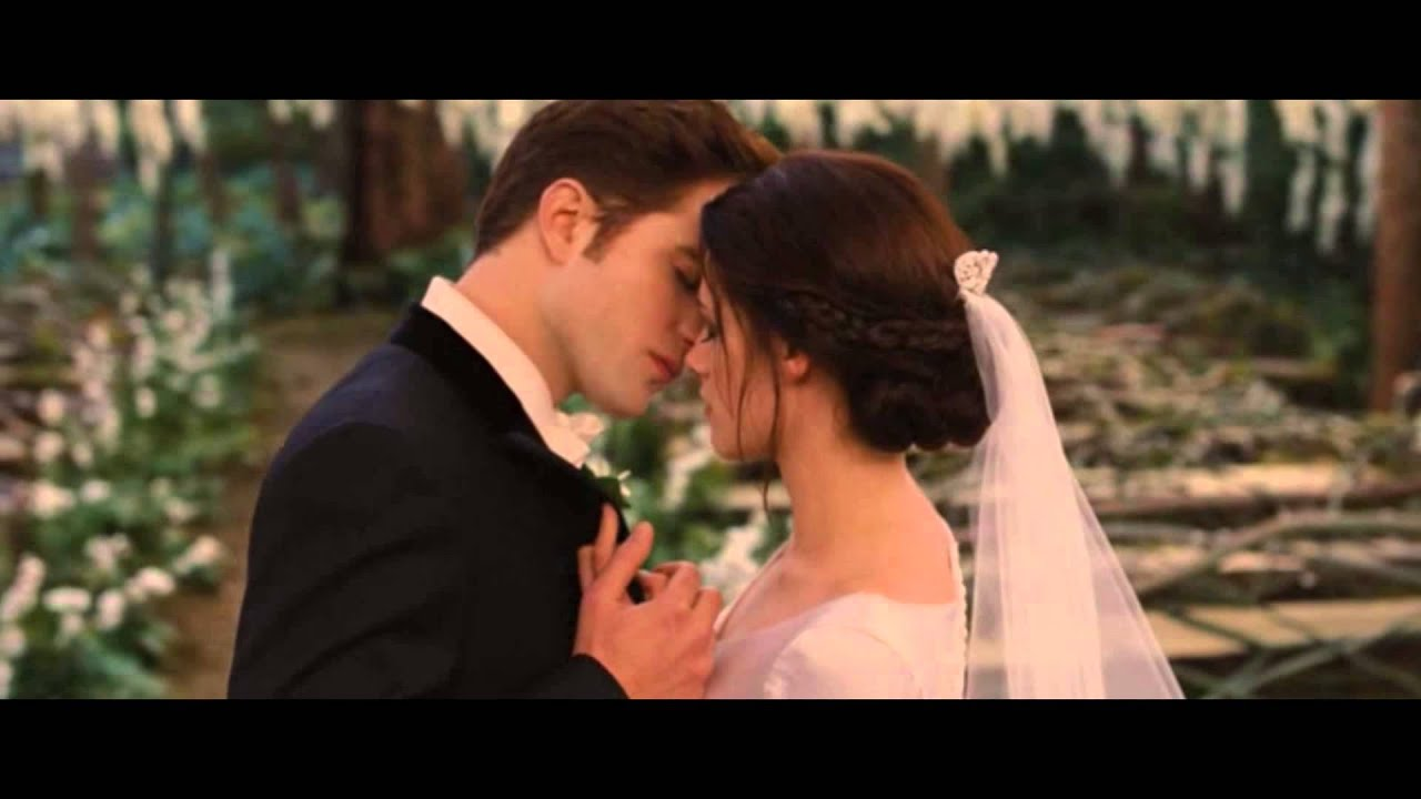 62445f78ba4 Twilight Wedding (Breaking Dawn